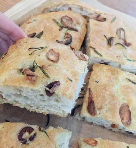 Focaccia with Roasted Garlic and Rosemary