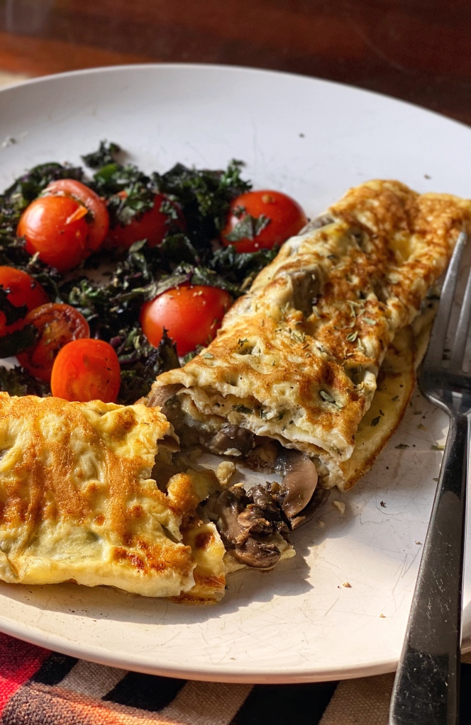 Blue cheese and mushroom omelette