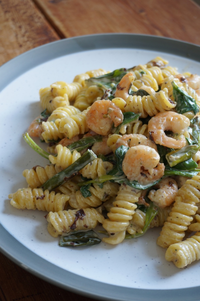 30-Minute Creamy Shrimp and Spinach Pasta